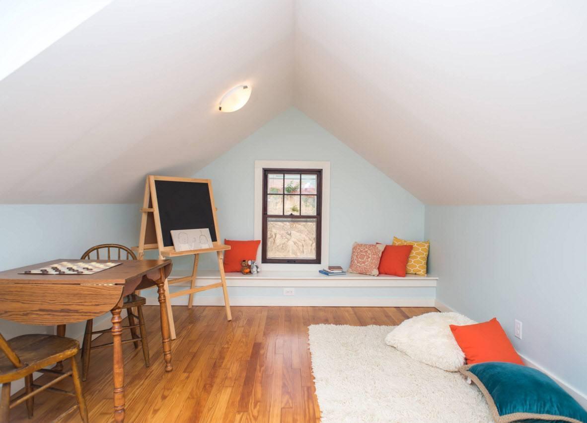 Unterkunft Zimmer im Dachgeschoss. Disposition Dachgeschoss ...