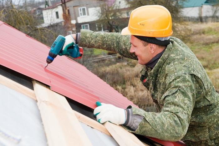 Монтаж профнастила с замком на крышу своими руками фото и видео-инструкция 9